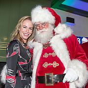 NLD/Amsterdam/20181206 - Sky Radio's Christmas Tree For Charity, Nicolette Kluijver en de kerstman