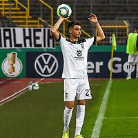 12.09.2020, Donaustadion, Ulm, GER, DFB Pokal, SSV Ulm 1846 Fussball vs FC Erzgebirge Aue, <br /> DFL REGULATIONS PROHIBIT ANY USE OF PHOTOGRAPHS AS IMAGE SEQUENCES AND/OR QUASI-VIDEO, <br /> im Bild Angelo Rinaldi (Ulm, #27)<br /> <br /> Foto © nordphoto / Hafner