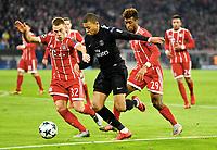 v.l. Joshua Kimmich, Kylian Mbappe (PSG), Kingsley Coman<br /> Muenchen, 05.12.2017, Fussball Champions League, Gruppenphase, FC Bayern München - Paris Saint-Germain<br /> <br /> Norway only
