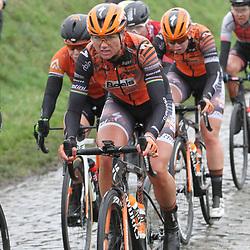 29-02-2020: Wielrennen: Omloop Nieuwsblad: Ninove: Chantal van den Broek - Blaak