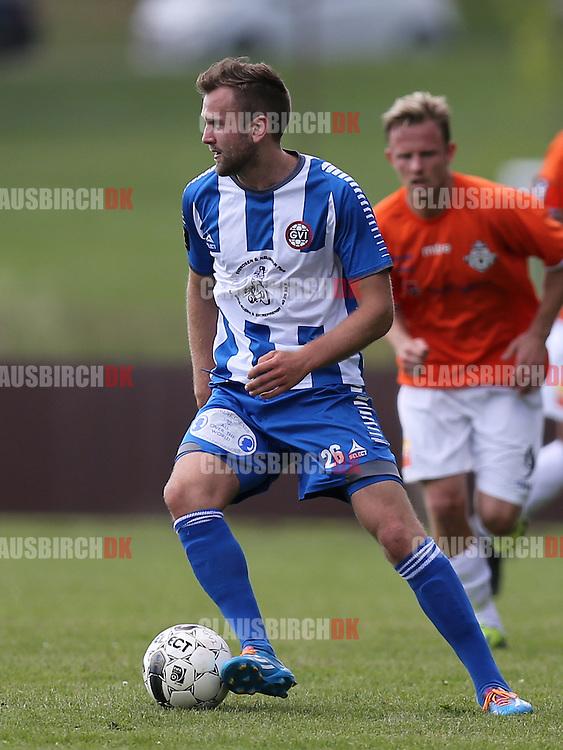 FODBOLD: Casper Offenberg (GVI) under kampen i 2. Division Øst mellem Gentofte-Vangede IF og FC Helsingør den 7. juni 2014 i Nymosen, Vangede Foto: Claus Birch