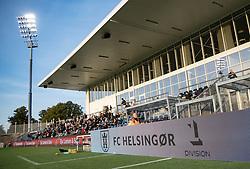 Hovedtribunen før kampen i 1. Division mellem FC Helsingør og Vendsyssel FF den 18. september 2020 på Helsingør Stadion (Foto: Claus Birch).