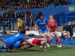 February 2, 2020, Cardiff, United Kingdom: Kelsey Jones (Wales) seen in action during the women's Six Nations Rugby between wales and Italy at Cardiff Arms Park in Cardiff. (Credit Image: © Graham Glendinning/SOPA Images via ZUMA Wire)