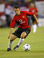Photo Aidan Ellis.<br />Manchester United v juventus (Champions World Match at New York Giants Stadium East Rutherford).31/07/03.<br />United's ryan giggs in action