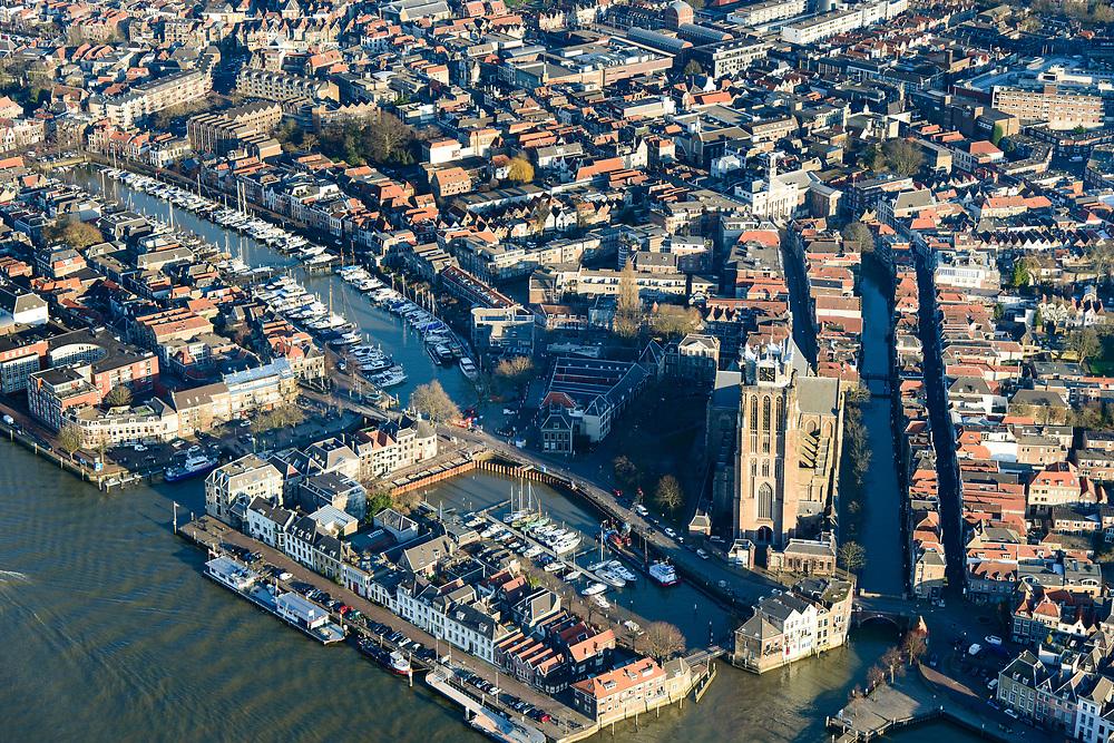 Nederland, Zuid-Holland, Dordrecht, 07-02-2018; historische binnenstad met Grote Kerk, oude Maas, Nieuwe Haven. Leuvehaven, Maartensgat.<br /> Inner city Dordrecht.<br /> luchtfoto (toeslag op standard tarieven);<br /> aerial photo (additional fee required);<br /> copyright foto/photo Siebe Swart