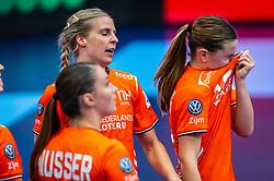Larissa Nusser of Netherlands, Danick Snelder of Netherlands, Bo van Wetering of Netherlands during the Women's EHF Euro 2020 match between Netherlands and Germany at Sydbank Arena on december 14, 2020 in Kolding, Denmark (Photo by RHF Agency/Ronald Hoogendoorn)
