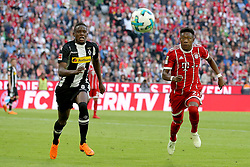 14.04.2018, Allianz Arena, Muenchen, GER, 1. FBL, FC Bayern Muenchen vs Borussia Moenchengladbach, 30. Runde, im Bild Denis Zakaria ( Borussia Moenchengladbach #8 ) David Alaba (FC Bayern Muenchen #27) // during the German Bundesliga 30th round match between FC Bayern Munich and Borussia Moenchengladbach at the Allianz Arena in Muenchen, Germany on 2018/04/14. EXPA Pictures © 2018, PhotoCredit: EXPA/ Eibner-Pressefoto/ Langer<br /> <br /> *****ATTENTION - OUT of GER*****