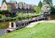Narrowboat moored on the Kennet and Avon canal, Hungerford. Berkshire, England, UK