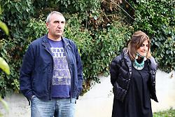 PAPA' E MAMMA DI FILIPPO<br /> ALBERO RICORDO DEL BAMBINI FILIPPO PARTIGIANI MORTO IN INCIDENTE STRADALE ALLA SCUOLA MEDIA BONATI A FERRARA