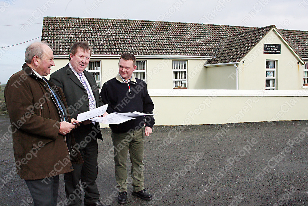 in Mullagh N.S.<br /><br /><br /><br />Photograph by Yvonne Vaughan.<br /><br />Tommy Lineen and Thomas Lineen of Thomas Lineen & Co. speaking to principal of Millagh N.S Sean McMahon about the schools upcoming extension work.<br /><br /><br /><br />Photograph by Yvonne Vaughan.