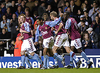 Fotball<br /> Premier League England 2004/2005<br /> Foto: SBI/Digitalsport<br /> NORWAY ONLY<br /> <br /> 22.11.2004<br /> <br /> Aston Villa v Tottenham Hotspur<br /> FA Barclays Premiership, Villa Park<br /> <br /> Aston Villa's Nolberto Solano (#11) celebrates scoring the goal to put his side 1-0 in front.