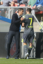 coach Phillip Cocu of PSV, Gaston Pereiro of PSV during the Dutch Eredivisie match between FC Utrecht and PSV Eindhoven at the Galgenwaard Stadium on September 24, 2017 in Utrecht, The Netherlands