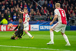10-04-2019 NED: Champions League AFC Ajax - Juventus,  Amsterdam<br /> Round of 8, 1st leg / Ajax plays the first match 1-1 against Juventus during the UEFA Champions League first leg quarter-final football match / Joel Veltman #3 of Ajax, Alex Sandro #12 of Juventus