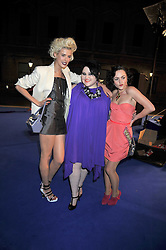 Left to right, AGYNESS DEYN, BETH DITTO and JAIME WINSTONE at the Royal Academy of Arts Summer Party held at Burlington House, Piccadilly, London on 3rd June 2009.