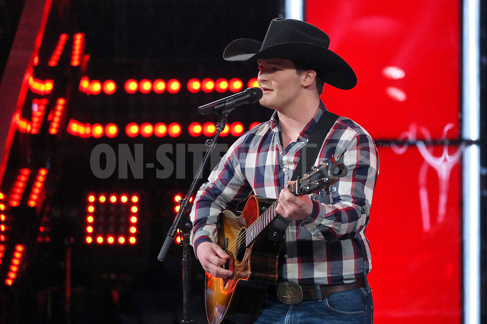 """THE VOICE -- """"Knockout Reality"""" Episode 2010 --  Pictured: Ethan Lively -- (Photo by: Trae Patton/NBC)"""