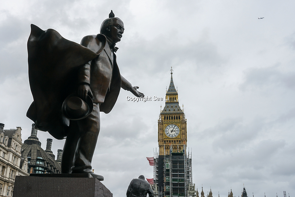 London, England, UK. 2nd October 2017. Big Ben renovation also unpopular known as Elizabeth Tower at a cost of £65 million and the bongs will be silent for four years until 2021.