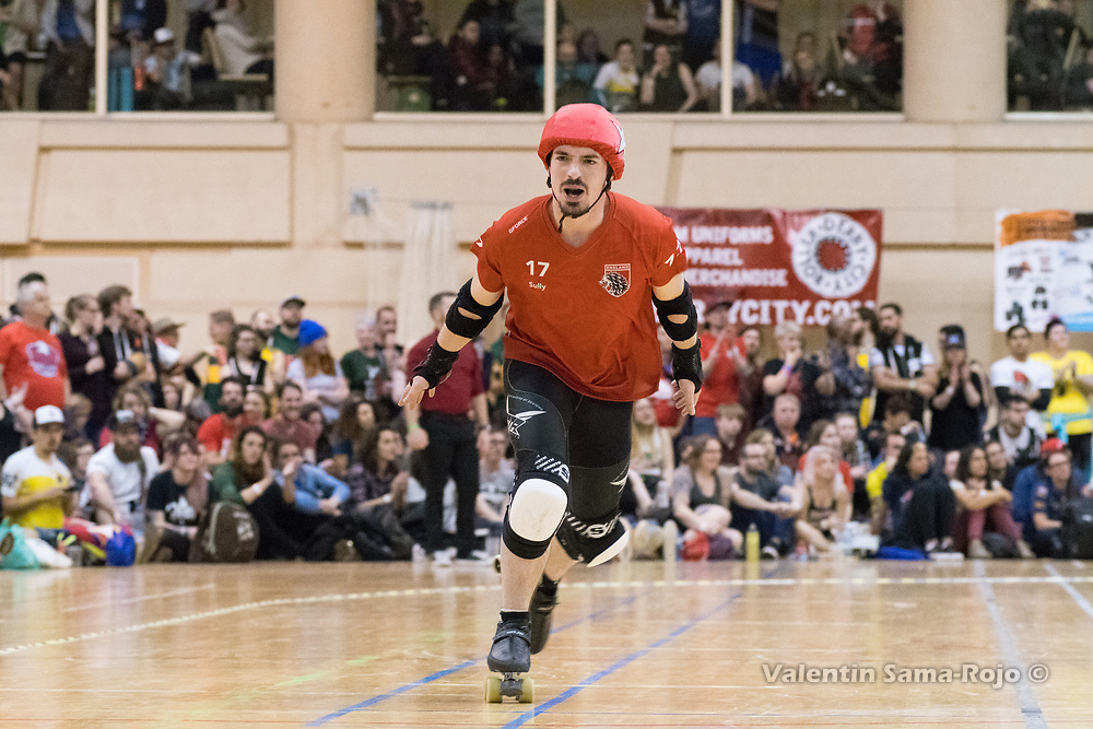 Barcelona, Spain. 08th April, 2018. Jammer of Team England, #17 Sully, celebrating that he is leading the jam during a final of MRDWC2018. © Valentin Sama-Rojo.