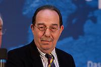 30 MAR 2004, BERLIN/GERMANY:<br /> Esref Uensal, Vorsitzender des tuerkischen Unternehmerverbandes ATIAD, Empfang der Initiative Neue Inlaender der SPD, Willy-Brandt-Haus<br /> IMAGE: 20040330-04-024<br /> KEYWORDS: Neue Inländer, Türken, Tuerken, Esref Ünsal,