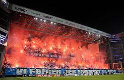 FC København-fans med romerlys før kampen i UEFA Europa League mellem FC København og Malmö FF den 12. december 2019 i Telia Parken (Foto: Claus Birch).