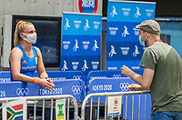 TOKIO -  Laurien Leurink (NED) staat  in de mixed zone de pers (Marco van Nugteren) te woord na de hockeywedstrijd vrouwen, Nederland-Zuid Afrika (5-0)   tijdens de Olympische Spelen van Tokio 2020  .  COPYRIGHT KOEN SUYK