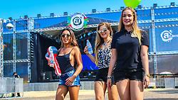 Público em geral na abertura do 2º dia da 22ª edição do Planeta Atlântida. O maior festival de música do Sul do Brasil ocorre nos dias 3 e 4 de fevereiro, na SABA, na praia de Atlântida, no Litoral Norte gaúcho.  Foto: Lucas Uebel / Agência Preview