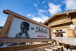 22.03.2020, Gerlos, AUT, Coronavirus Krise, Osttirol. Das Land Tirol hat alle Personen, die sich in der Woche vom 8. bis 15. März in Bars und Aprs-Ski-Lokalen im Zillertal aufgehalten haben, dazu aufgerufen, besonders auf den Gesundheitszustand zu achten und bei Symptomen die Gesundheitsberatung 1450 zu kontaktieren. Im Bild Apres Ski // Apres Ski. The State of Tyrol has called on all people who were in bars and après-ski bars in the Zillertal during the week from March 8th to 15th to pay special attention to their health and to contact the 1450 health counseling service if they experience symptoms. Mayrhofen, Austria on 2020/03/22. EXPA Pictures © 2020, PhotoCredit: EXPA/ Johann Groder