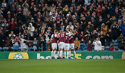 Jeff Hendrick of Burnley (Hidden) celebrates after scoring his sides first goal - Mandatory by-line: Jack Phillips/JMP - 05/10/2019 - FOOTBALL - Turf Moor - Burnley, England - Burnley v Everton - English Premier League