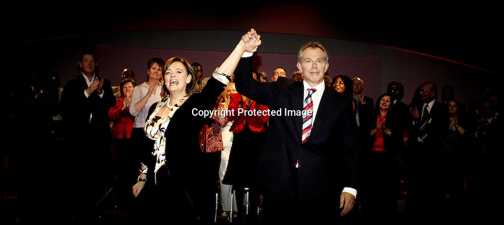 Prime Minister Tony Blair and his Wife Cherie after the Prime Ministers last Conference speech at the Labour Party Conference ,Manchester PRESS ASSOCIATION Photo. Picture date:Tuesday 26th September , 2006. Photo credit should read: Andrew Parsons/PA.
