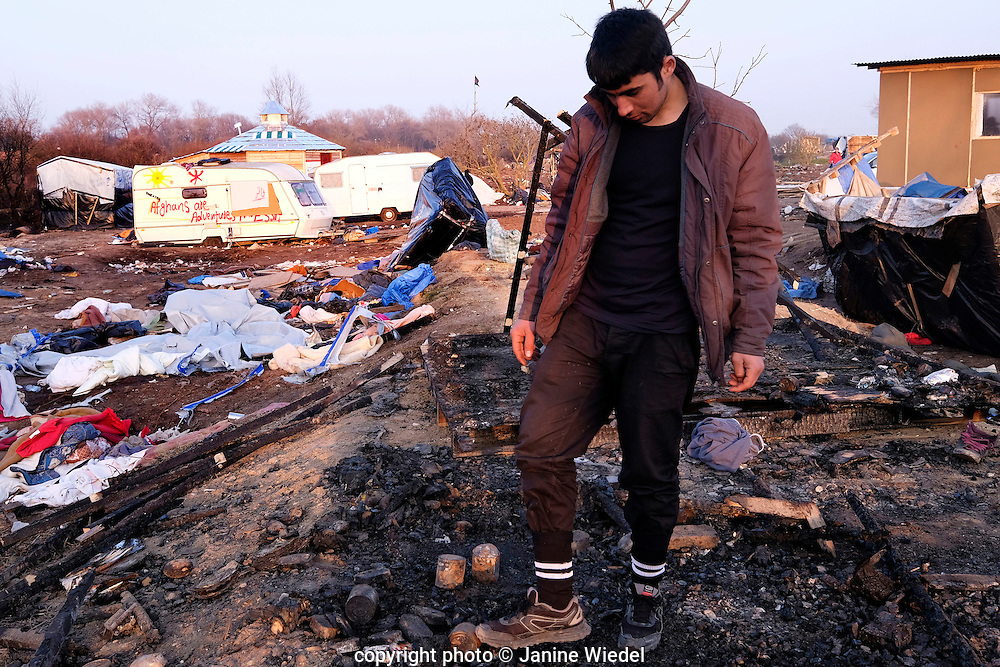 In March 2016 riot police entered the Calais Jungle and demolished the Southern section. Thousands of refugees  lived here in muddy and squalid condition hoping to get to Britain.
