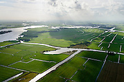 Nederland, Friesland, Alde Feanen, 10-10-2014;<br /> De Oude Venen, onder in beeld Polder de Wildlanden met links het gehucht, eiland De Burd en Grouw aan de horizon.<br /> The old peatlands, Frisian peatland and bog, nature reserve.<br /> luchtfoto (toeslag op standard tarieven);<br /> aerial photo (additional fee required);<br /> copyright foto/photo Siebe Swart
