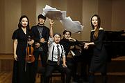 Uniwersytet Muzyczny im. Fryderyka Chopina. N/z Euna Kang - skrzypaczka, Daehwan Kim -  drygent, Naeun Kwon - kompozytorka, Toshiki Ishii - pianista, Hyunjin Jeong - pianistka - dla Newsweek Polska