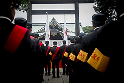 August 15, 2017 - Tokyo, Japan - People offer a silent prayer for casualties of World War II at Yasukuni Shrine in Tokyo. Japan marks the 72nd anniversary of the end of the World War II. Some 3.1 million Japanese soldiers and civilians were killed during the war, almost 2.5 million of whom are enshrined at Yasukuni, including convicted WWII war criminals. (Credit Image: © Alessandro Di Ciommo/NurPhoto via ZUMA Press)