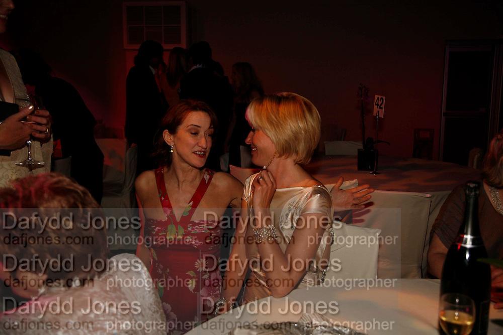 Haydn Gwynne and Emma Thompson, Glamour Women of the Year Awards 2006, Berkeley Sq. London. 6 June 2006. -DO NOT ARCHIVE-© Copyright Photograph by Dafydd Jones 66 Stockwell Park Rd. London SW9 0DA Tel 020 7733 0108 www.dafjones.com