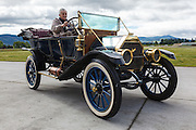 1911 Overland Model 49 Touring Car at WAAAM.