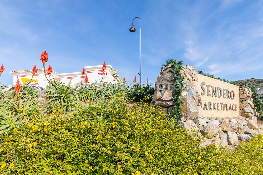 Sendero Marketplace Monument