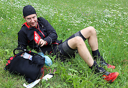 25.07.2015, Dorfertal, Kals, AUT, Grossglockner Ultra Trail, 50 km Berglauf, im Bild 110 km Läufer aus Frankreich der im Dorfertal aufgibt // runner during the Grossglockner Ultra Trail 50 km Trail Run from Kals arround the Grossglockner to Kaprun. Kals, Austria on 2015/07/25. EXPA Pictures © 2015, PhotoCredit: EXPA/ Stringer