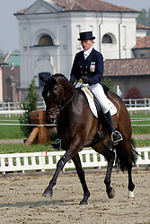Donckers Karin (BEL) - Maxwell Steel<br /> CIC*** La Pista Vairano Italy 2010<br /> © Hippo Foto - Beatrice Scudo