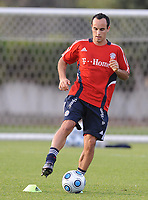 Fotball<br /> Tyskland<br /> Foto: Witters/Digitalsport<br /> NORWAY ONLY<br /> <br /> 04.01.2009<br /> <br /> Landon Donovan<br /> <br /> Fussball Trainingslager FC Bayern München in Dubai