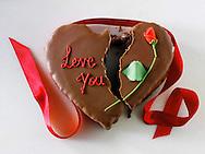 Broken heart cake, broken love.