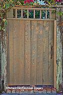 63412-01119 Tan gate in St Augustine, FL