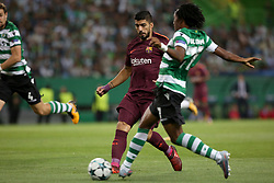September 27, 2017 - Lisbon, Portugal - Barcelona's Uruguayan forward Luis Suarez (L) vies with Sporting's forward Gelson Martins from Portugal during the UEFA Champions League football match Sporting vs Barcelona at the Alvalade stadium in Lisbon, Portugal on September 27, 2017. Photo: Pedro Fiuza  (Credit Image: © Pedro Fiuza/NurPhoto via ZUMA Press)