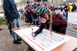 Alice Barnes signs on at Drentse 8 van Westerveld 2018 - a 142 km road race on March 9, 2018, in Dwingeloo, Netherlands. (Photo by Sean Robinson/Velofocus.com)