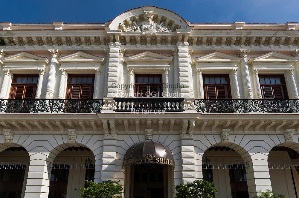Cuba, La Havane, facade hôtel sur avenue du Prado, quartier Habana Centro // Cuba, Havana, front building of hotel, Prado avenue, Habana Centro quarter