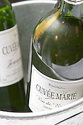 Cuvee Marie Charles Hours, Clos Urolat, vintage 2001 but since it is a Vin de Table, table wine the vintage cannot be marked on the label, instead a little drawing of a duck makes it easy to guess the vintage, Jurancon, France