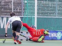 AMSTELVEEN - keeper Joren Romijn (Amsterdam) tijdens de competitie hoofdklasse hockeywedstrijd heren, Amsterdam -Rotterdam (2-0) .  COPYRIGHT KOEN SUYK