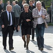NLD/Bilthoven/20120618 - Uitvaart Will Hoebee, de Deurzakkers, Willem van Schijndel, partner en Clemens van Bracht