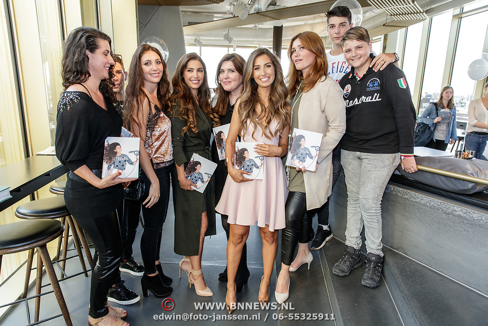 NLD/Amsterdam/20170522 - Boekpresentatie Hair By Xelly, Xelly Cabau van Kasbergen met haar zussen en broers o.a. Yolanthe Sneijder-Cabau