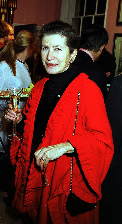 PRINCESS NINA LOBANOV-ROSTOVSKY at a party in London on 7th December 1999.MZT 115