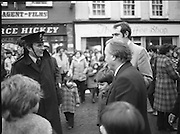 Image of Fianna Fáil leader Charles Haughey touring West Cork during his 1982 election campaign...04/02/1982.02/04/82.4th February 1982..On Guard:..Charles Haughey chats to a member of An Garda Síochána during his canvassing..
