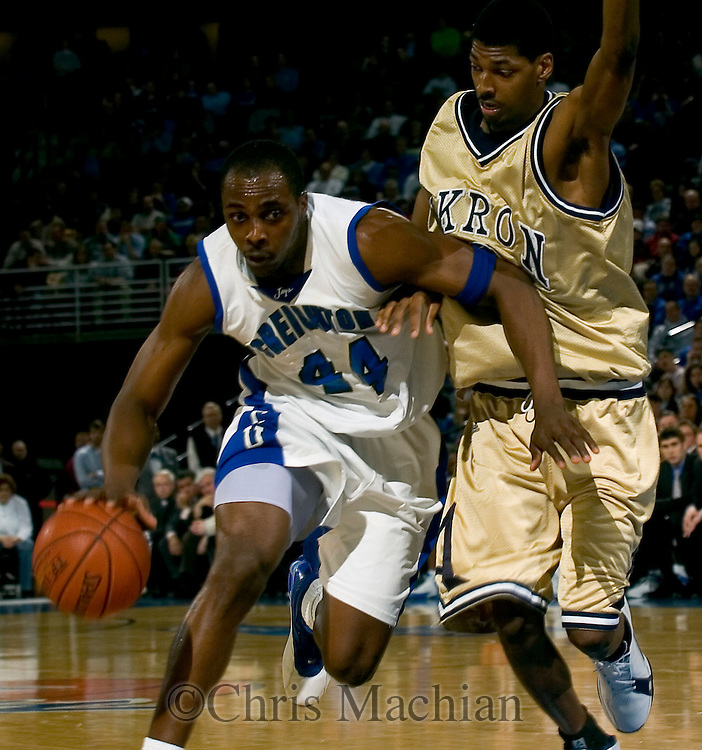 3/16/06 -- Omaha, ne  Creighton's Anthony Tolliver in the first round game of the NIT at Qwest Center Omaha. (Photo by Chris Machian/Prairie Pixel Group).